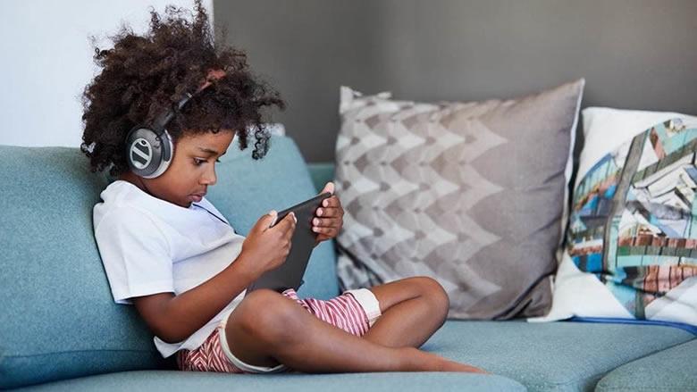 تطبيقات تسهل عليك مراقبة أجهزة الأطفال