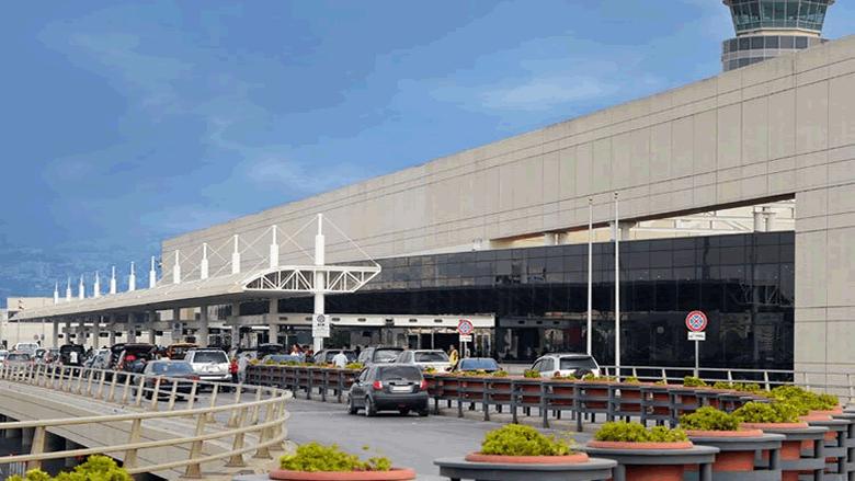 سيدة تنتقد إجراءات الوقاية في المطار: لم يتم فحص الركاب