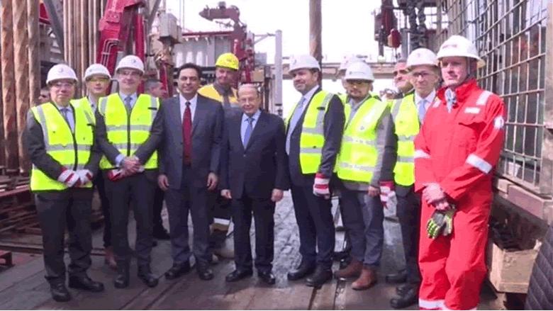 اطلاق عمل الباخرة التي ستتولى حفر البئر النفطي في البلوك رقم 4