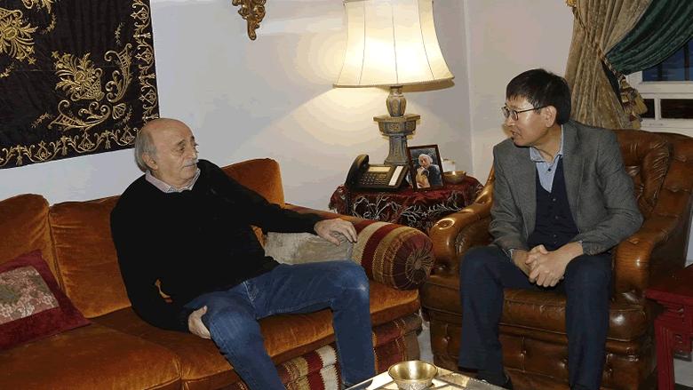 جنبلاط عرض الأوضاع العامة مع سفير كوريا الجنوبية