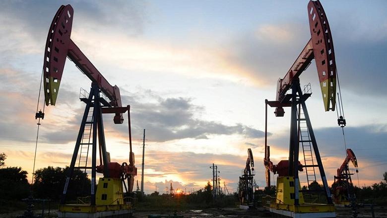 حرب النفط الكبرى انطلقت.. ماذا يخبئ العام 2020؟