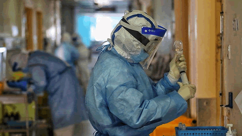 وفيات إيران من فيروس كورونا تصل إلى 724 حالة