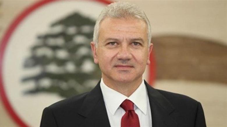 كرم:السلطة الحاكمة تأخذ لبنان خطوة خطوة الى الحضن الايراني