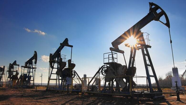 اتفاق سعودي- روسي- أميركي على تثبيت أسعار النفط