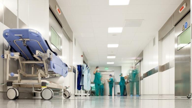أكثر من عشر مستشفيات في خطر: الدفع أو الإقفال!