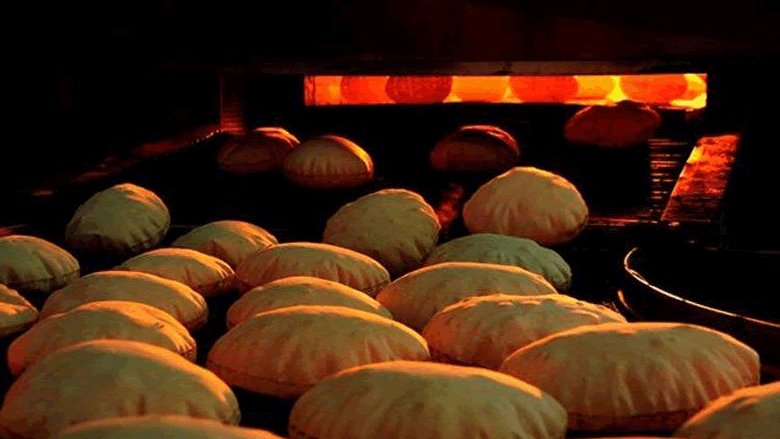 """أزمة خبز بدءاً من الاثنين... وزير الاقتصاد لـ""""الأنباء"""": لن أقبل بسعرين"""