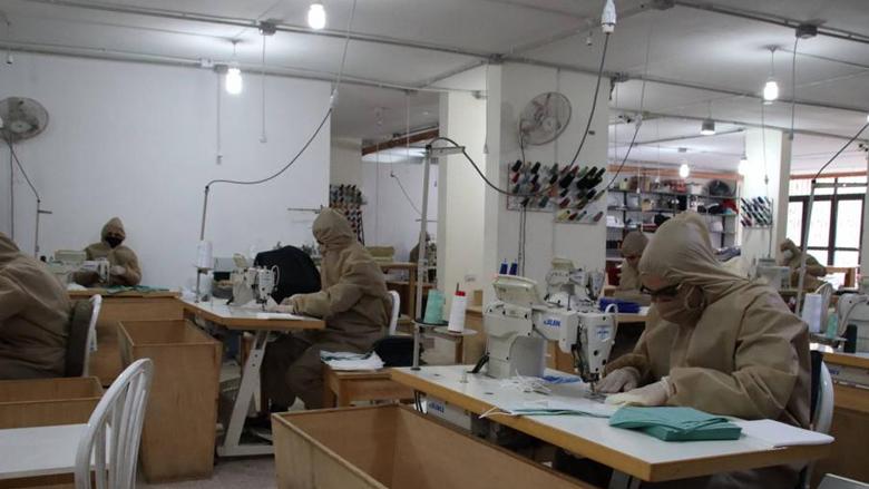 """إزدهار صناعة الكمّامات في زمن """"كورونا"""""""