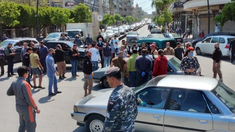 مواطن في صيدا هدد بحرق نفسه احتجاجا على أوضاعه المعيشية
