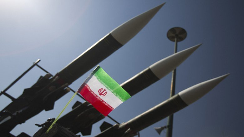 """""""نيويورك تايمز"""": خطة أميركية جديدة تستهدف تسليح إيران.. وهذه التفاصيل"""