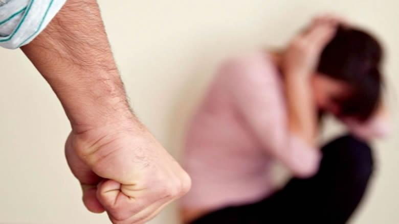 """العنف الأسري يتفاقم في ظل كورونا.. و""""النسائي التقدمي"""" يستعد مع المعنيين لخطة معالجة"""