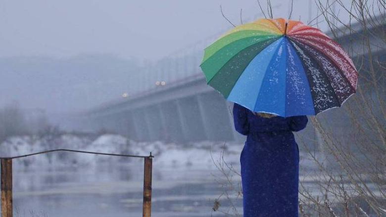الطقس غدا غائم وأمطار متفرقة وثلوج على 2100 متر