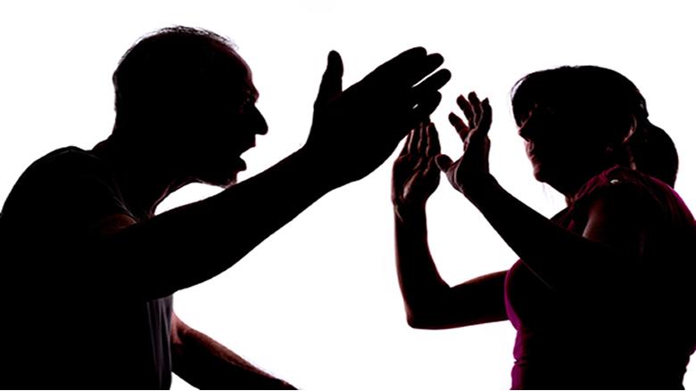 خطوة قضائية هامة: تعميم يسمح بمتابعة قضايا العنف الأسري إلكترونياً