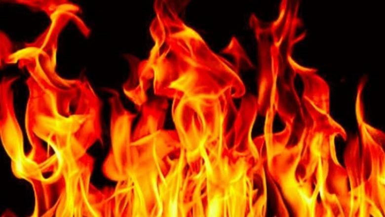 حريق داخل محل لتصليح الأجهزة الكهربائية والإلكترونية في سوق بعلبك التجاري