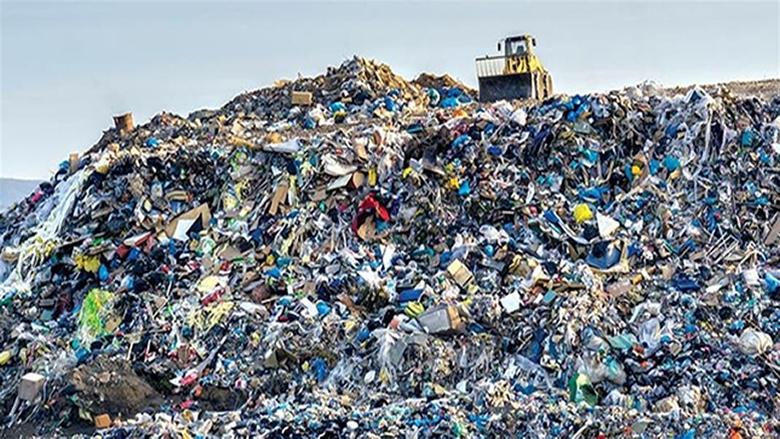 محافظ جبل لبنان تفقد مطمري برج حمود والجديدة بعد تفاقم ازمة النفايات