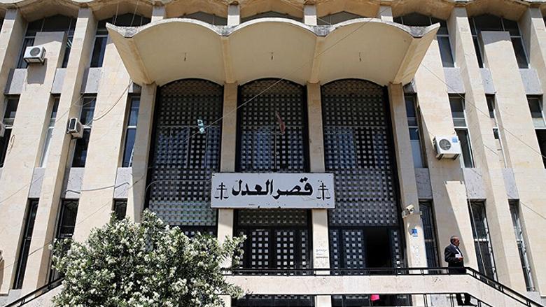 """التشكيلات القضائية في """"التنويم المغناطيسي"""".. عبود يرفض التعديل و""""حزب الله"""" يرفض التأخير"""