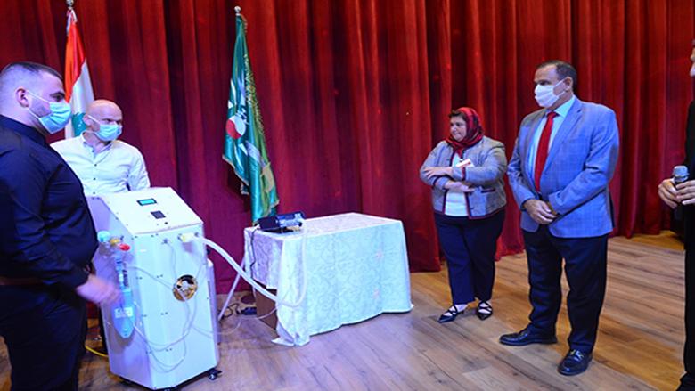 """حب الله اطلع على جهاز تنفس اصطناعي انجزه طلاب """"الجامعة الاسلامية"""": لبنان لا تنقصه الكفاءات والقدرات"""