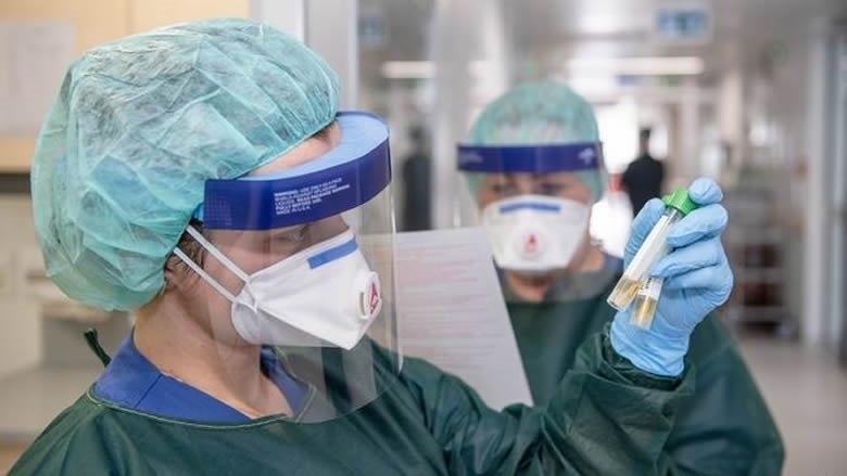 وزارة الصحة: 25 حالة ايجابية في رحلة نيجيريا وفحوص رحلة قطر كلها سلبية