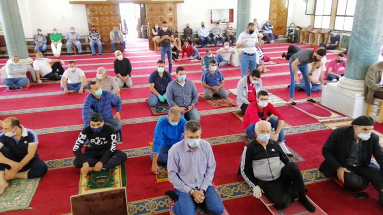 عودة المساجد في صيدا لإحياء صلاة الجمعة مع الالتزام بالشروط الوقائية