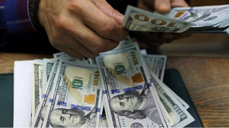 هكذا يُهرَّب الدولار من لبنان إلى سوريا!