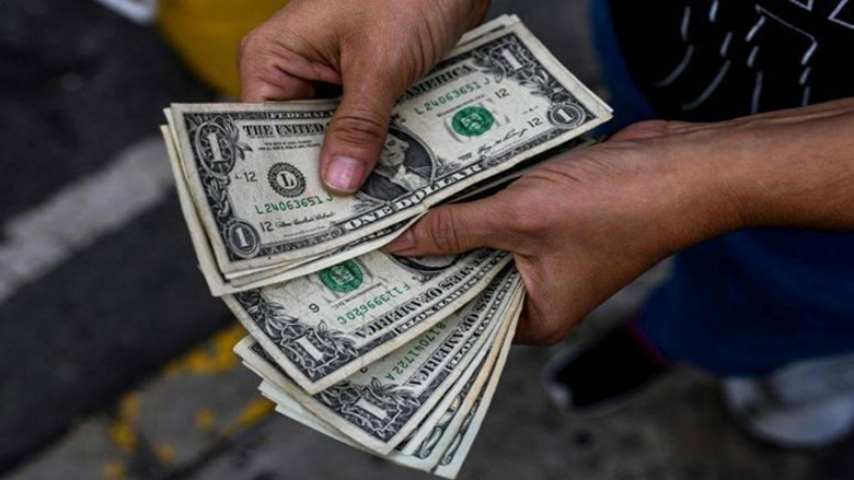 """سوريا """"تشفط"""" الدولار... شرعياً"""