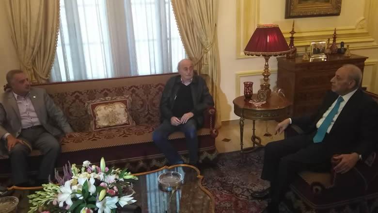 بالصور: لقاء بين جنبلاط وارسلان برعاية بري