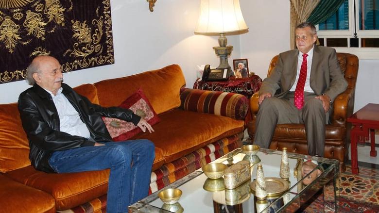 جنبلاط عرض الأوضاع مع كوبيتش والسفير التركي