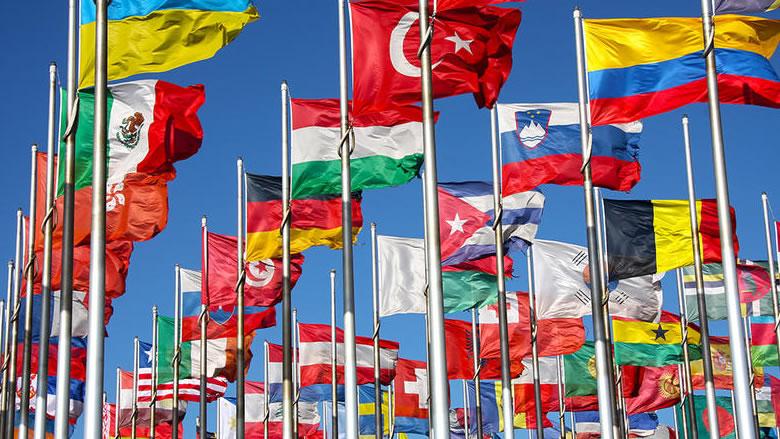 أوروبا تدرس فتح أبوابها لرعايا هذه الدول