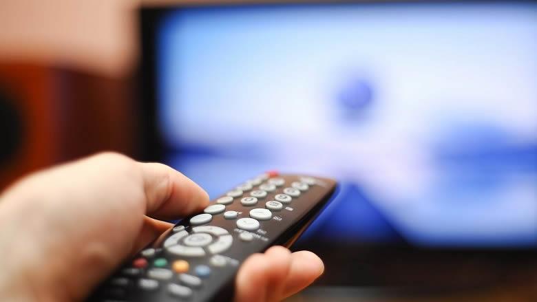 مقدمات نشرات الاخبار المسائية لليوم الجمعة
