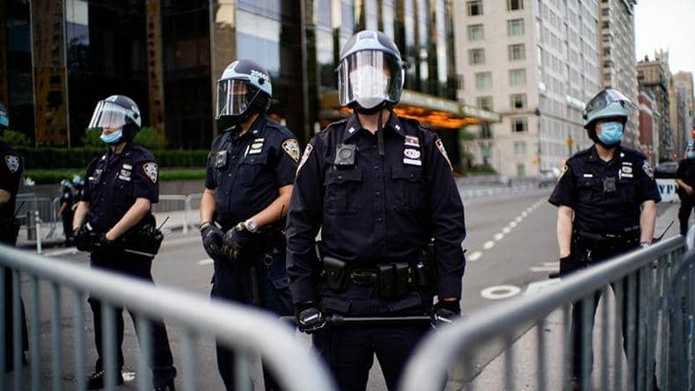 """اتفاق في مينيابوليس على حظر استخدام الشرطة """"القبضة الخانقة"""""""