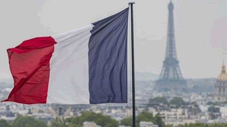 فرنسا تنفي وجود غوايدو في سفارتها في كراكاس