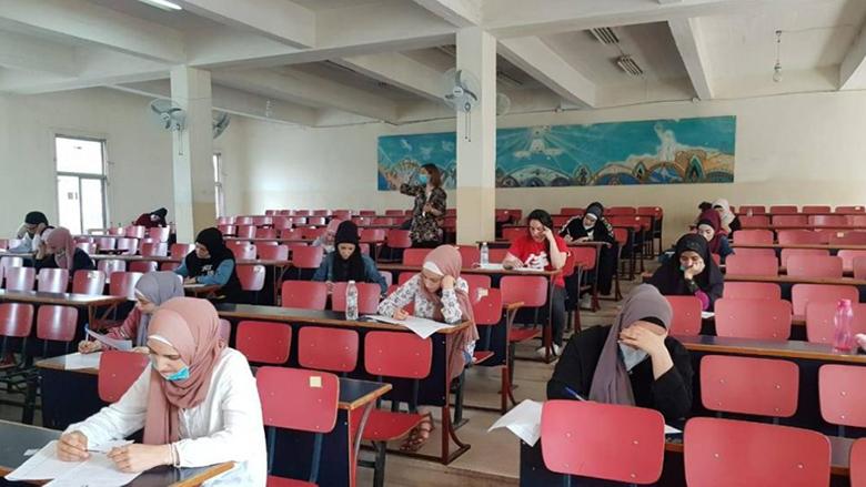"""طلاب """"اللبنانية"""" ينتصرون لصحتهم.. والأسعار ارتفعت مع الدولار ولم تنخفض بانخفاضه"""
