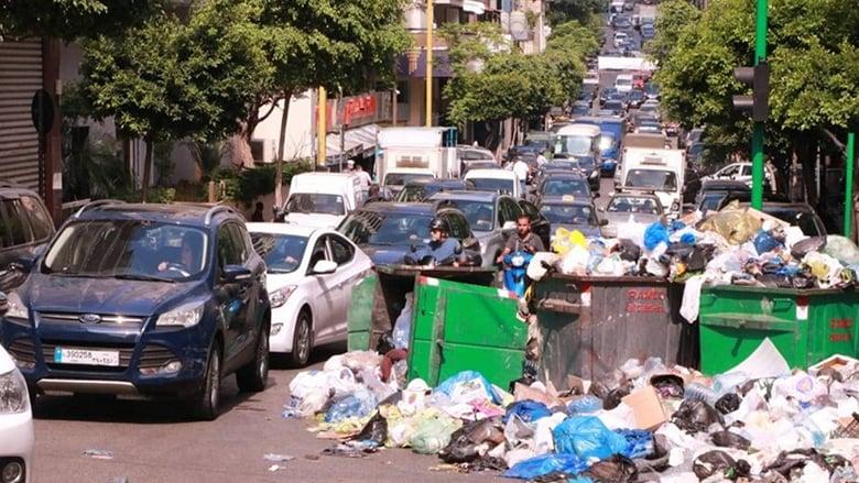 النفايات تهدّد الحكومة بأزمة بقاء.. ودياب يزور الديمان: أنا موجود