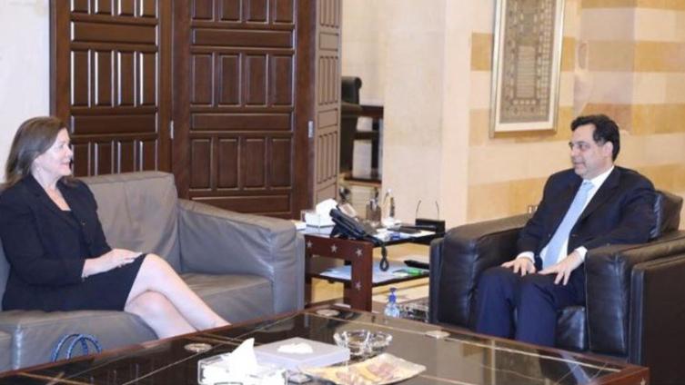 لقاء بين دياب والسفيرة الأميركية.. إليكم التفاصيل
