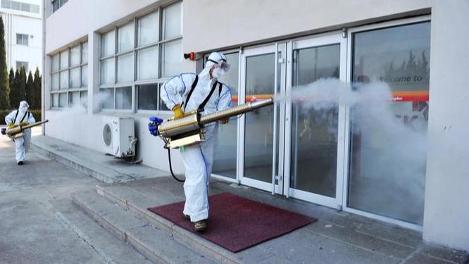 لبنان يخوض المرحلة الرابعة من انتشار الفيروس