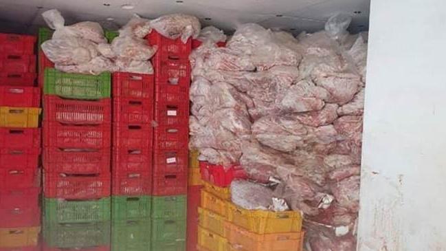 مداهمة مستودع اغذية فاسدة في جزين.. هذا ما تم ضبطه