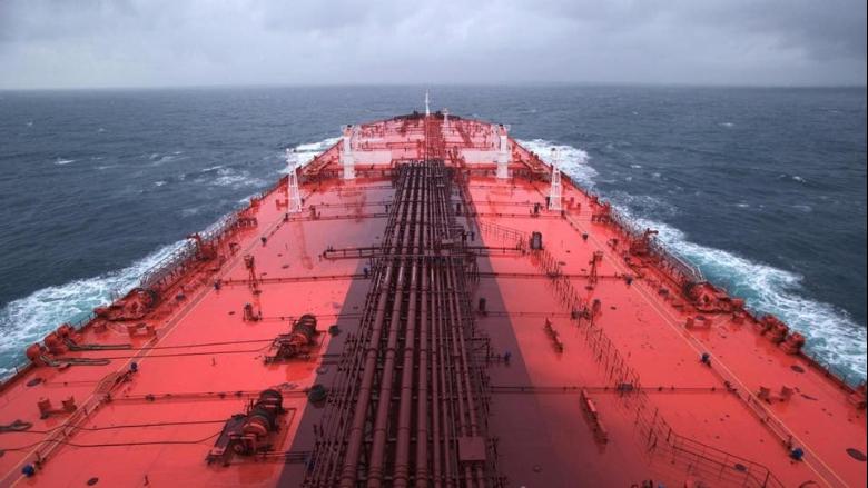 """الخارجية البريطانية تحذّر: """"صافر"""" تشكّل كارثة بيئية في البحر الاحمر"""