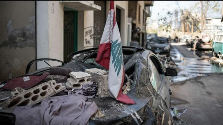 بارقة أمل سياسية تنبعث من تحت ركام بيروت