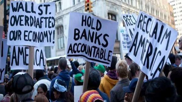 قائمة بأفضل 10 أفلام وثّقت أزمة 2008 المالية
