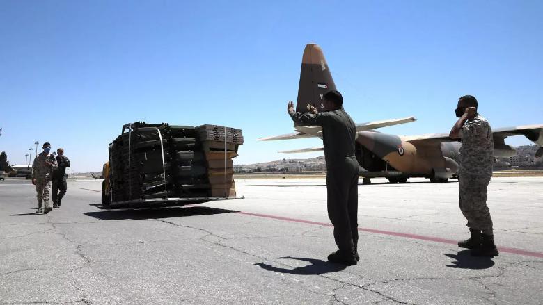 مساعدات إضافية تصل إلى لبنان