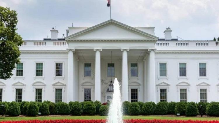 """البيت الأبيض يؤكّد موعد الإنتخابات.. """"الرئيس سيفوز"""""""
