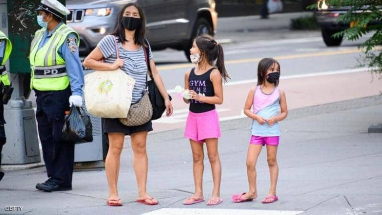 """""""الصحة العالمية"""": على الأطفال من سن 12 عاماً فأكثر وضع الكمامات"""