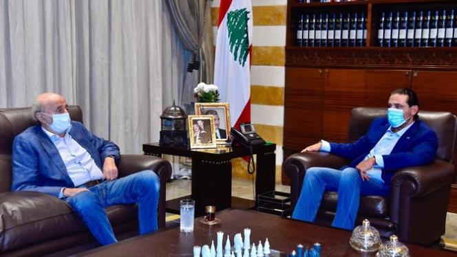 جنبلاط عرض المستجدات السياسية مع الحريري في بيت الوسط