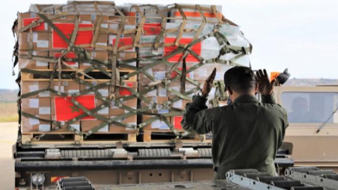 وصول طائرتين مصريتين وعلى متنهما مساعدات غذائية