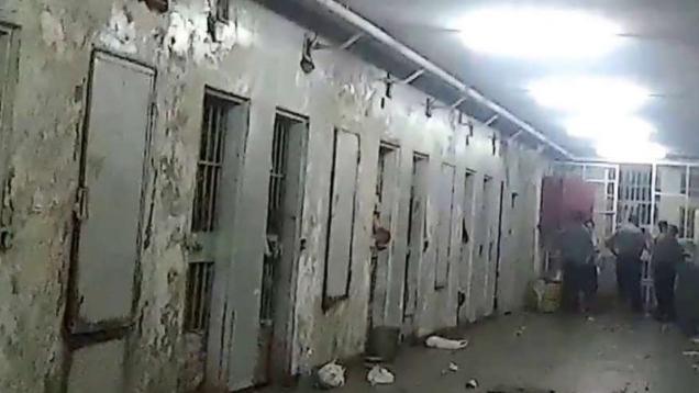 واشنطن تطالب دمشق بالإفراج عن المعتقلين وإعادة جثث المتوفين