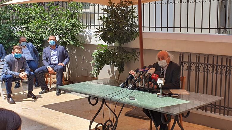 جنبلاط: لا ثقة بهذه العصابة الحاكمة ونطالب بتحقيق دولي.. باقون في المجلس لكي لا يسيطروا عليه