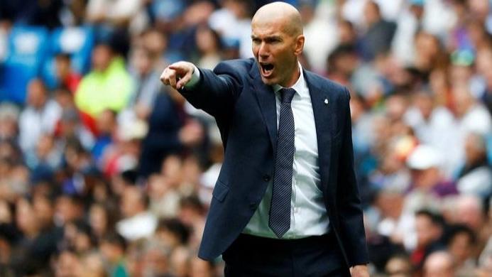 ريال مدريد يستهدف 4 صفقات لاستعادة أمجاده.. المنافسة قوية