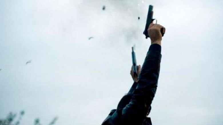بالصور: إصابة مواطنة بالرصاص الطائش في الميناء