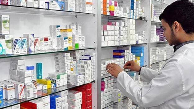 """فقدان أدوية من الصيدليات وعجز """"المركزي"""" عن إستمرار الدعم"""