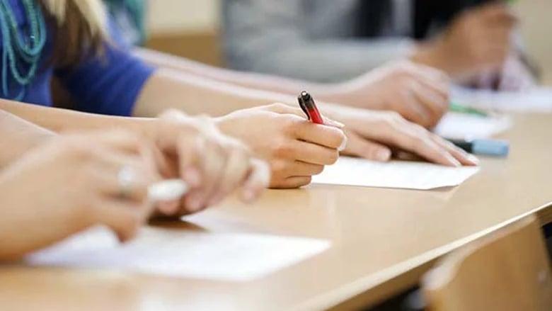 طالبة في النبطية أجرت الإمتحانات الرسمية رغم علمها بإصابتها بكورونا