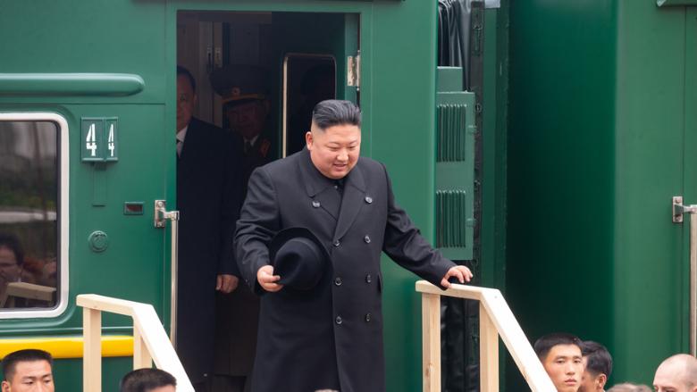 زعيم كوريا الشمالية يعتذر.. نادرة في تاريخه